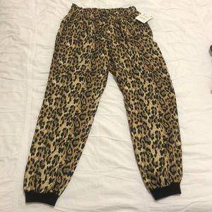 NEW Zara Leopard Print Pants Size XS